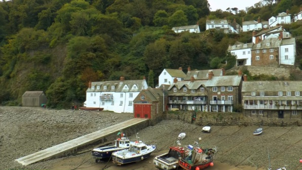 Clovelly scenic fishing village, places to see in North Devon